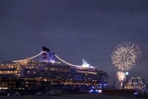 Auslaufparade mit Feuerwerk